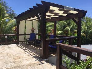 Guava Grove Hotel, Affittacamere  Sandy Bay - big - 72