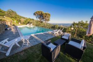 . Vallereggi Pool & View