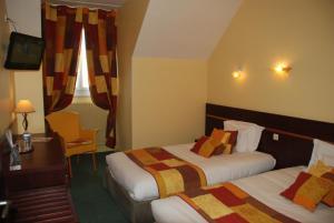 INTER-HOTEL Lisieux Cathédrale