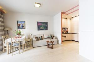 PO Apartments Metro Mlociny