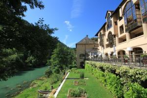 Location gîte, chambres d'hotes Hôtel de la Muse et du Rozier dans le département Aveyron 12