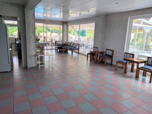 Blue Nest Hotel, Hotel  Tigaki - big - 89