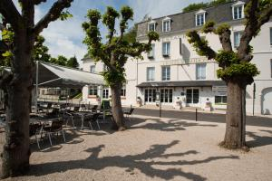 Logis Hotel Beaudon, Hotely  Pierrefonds - big - 17