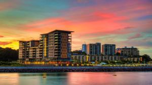 Darwin Waterfront Luxury Suite..