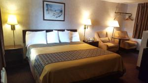 Budget Host Inn Somerset - Accommodation