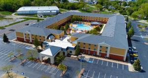 Cedar Point's Express Hotel, Отели  Сандаски - big - 42