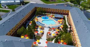 Cedar Point's Express Hotel, Отели  Сандаски - big - 39