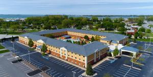 Cedar Point's Express Hotel, Отели  Сандаски - big - 37