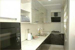 Apartment on Ali Valiyev 9, Апартаменты  Баку - big - 3