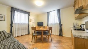 Residence Villa Marina, Apartmanhotelek  Grado - big - 36