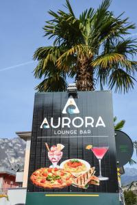 Hotel Aurora Torbole, Hotely  Nago-Torbole - big - 53