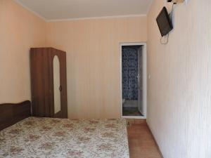 Guest House Ostrov Sokrovishch, Гостевые дома  Лоо - big - 15