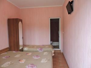 Guest House Ostrov Sokrovishch, Гостевые дома  Лоо - big - 27