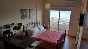 Alex Beach Apartment 33