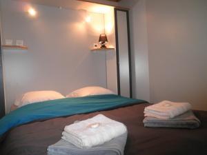 Location gîte, chambres d'hotes Camping La Pierre de L'Aigle dans le département Alpes de haute provence 4