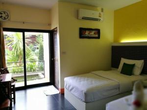 Bantatuk Resort & Restaurant - Ban Bang Nao