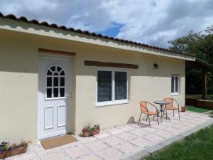 Accommodation in Saint-Nicolas-de-la-Grave