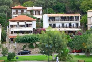 Hostels e Albergues - Pension Holidays