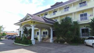 Monrawee Pavilion Resort - Ban Wat Tan