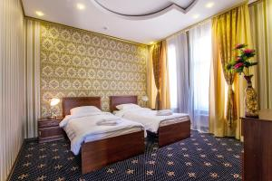 Hotel Golden Night - Maloye Lugovoye