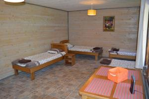 Recreation Center Brūveri, Комплексы для отдыха с коттеджами/бунгало  Сигулда - big - 60