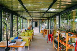 23 Degrees Garden Hotel, Nyaralók  Csinhuangtao - big - 17