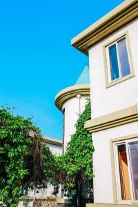 23 Degrees Garden Hotel, Nyaralók  Csinhuangtao - big - 24