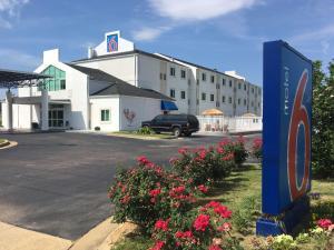 Motel 6-Montgomery, AL - Airport
