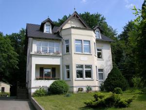 Hotel-Pension Königswald - Langebrück