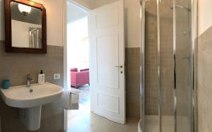 Apartment In Villa Belvedere, Apartmány  Val di Pugna - big - 22