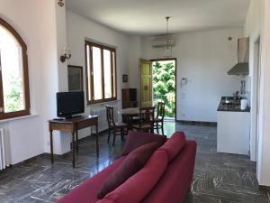 Apartment In Villa Belvedere, Apartmány  Val di Pugna - big - 29
