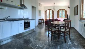 Apartment In Villa Belvedere, Apartmány  Val di Pugna - big - 32