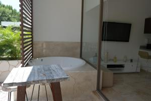 Bahia Principe Vacation Rentals - Quetzal - One-Bedroom Apartments, Apartments  Akumal - big - 70