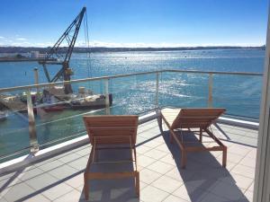 Princes Wharf 2BR Sub-Penthouse