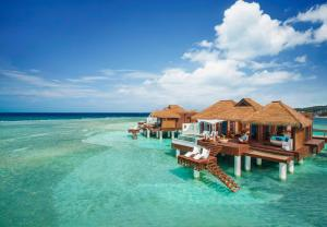 Sandals Royal Caribbean All In..