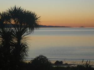 Pohutukawa Coast BnB - Accommodation - Te Puru