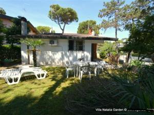Lignano Pineta small and nice, Дома для отпуска  Линьяно-Саббьядоро - big - 12