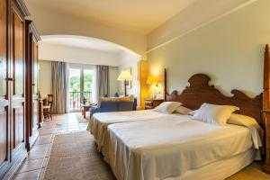 Hotel Cala Sant Vicenc (2 of 55)