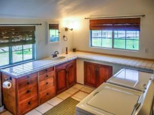 Cleone Bliss, Holiday homes  Fort Bragg - big - 47