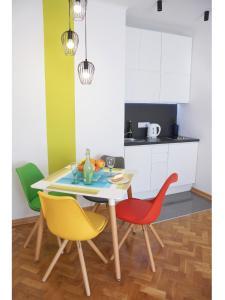 Nowolipie Warsaw Apartment