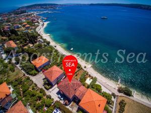 Apartments Sea
