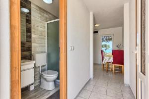 Apartments & Bungalows Ivanović, Affittacamere  Kaštela (Castelli) - big - 75