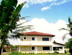 Vacation Home Doric Cottages Diani