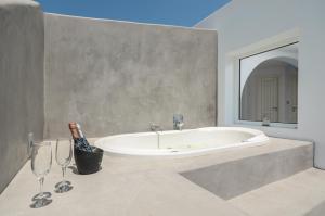 The Saint Vlassis, Hotels  Naxos Chora - big - 45