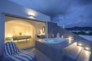 The Saint Vlassis, Hotels  Naxos Chora - big - 131