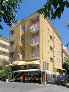 Hotel Giumer - AbcAlberghi.com