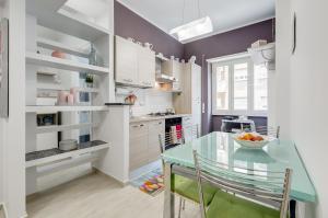 Bright apartment for 5 2 bathrooms