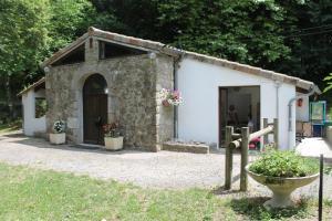 Location gîte, chambres d'hotes Camping Le Pré Coulet dans le département Ardèche 7