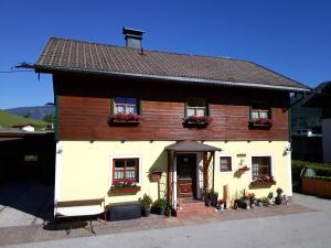 Ferienwohnung Kasbacher - Apartment - Bruck an der Großglocknerstraße