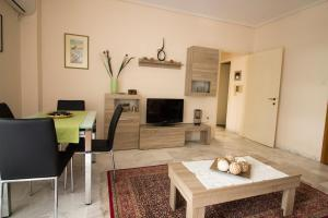 One-Bedroom Apartment-Paleo Faliro